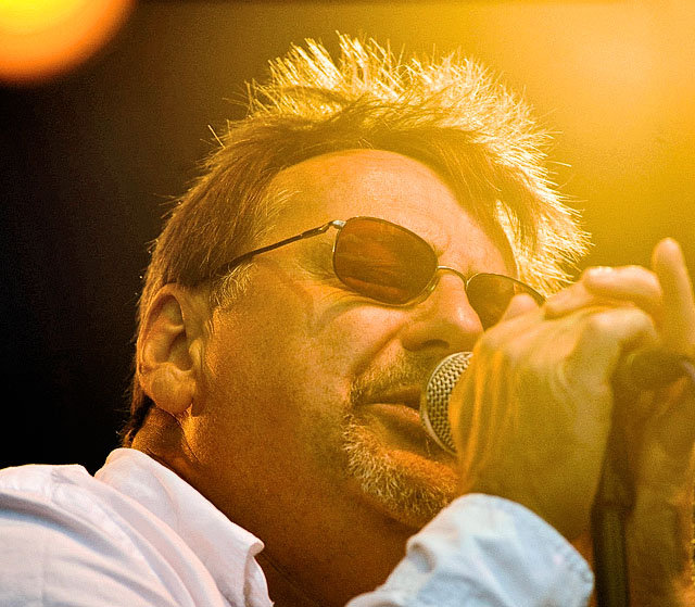 Southside Johnny 9405909-small